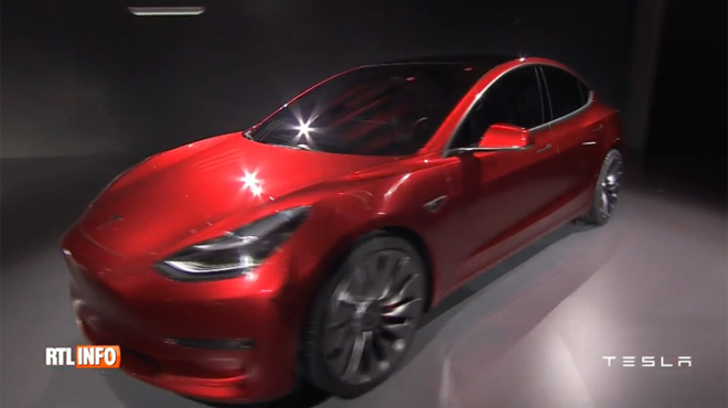 tesla pr sente sa future model 3 une voiture abordable pour le march de masse rtl info. Black Bedroom Furniture Sets. Home Design Ideas