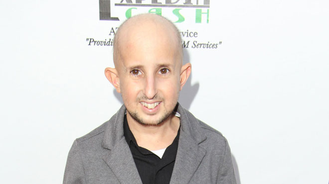l 39 acteur nain ben woolf meurt percut par le r troviseur d 39 une voiture rtl people. Black Bedroom Furniture Sets. Home Design Ideas