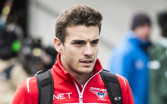 jules bianchi est le petit neveu de lucien pilote belge mort en course rtl sport. Black Bedroom Furniture Sets. Home Design Ideas