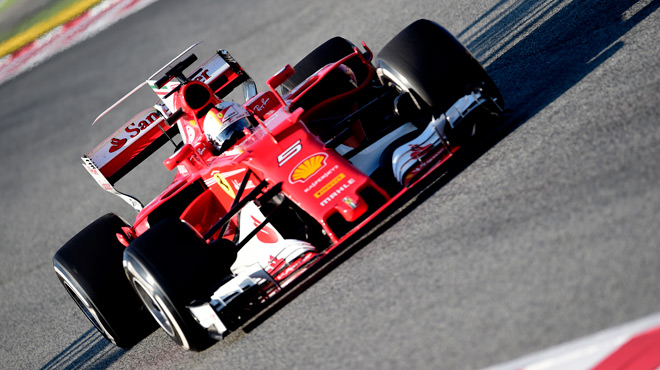 f1 kimi r ikk nen et ferrari surprennent mercedes sur le circuit de catalogne barcelone. Black Bedroom Furniture Sets. Home Design Ideas