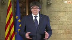 """Carles Puigdemont qualifie le comportement de Madrid de """"la pire attaque depuis la dictature de Franco"""""""