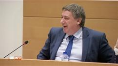 Minute de détente au Parlement: Jan Jambon oublie que l'Italie n'est pas qualifiée pour le Mondial (vidéo)