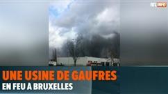 Une usine de gaufres part en fumée à Bruxelles