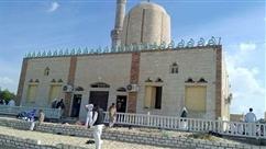 """Carnage dans une mosquée en Egypte: l'aviation """"a détruit des véhicules utilisés dans l'attaque"""""""