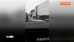 """Routes enneigées dans la province de Luxembourg: """"On ne trouve que des camions au milieu de la chaussée"""""""