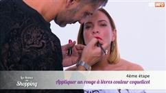 Comment réaliser un maquillage tendance avec une bouche coquelicot? (vidéo)
