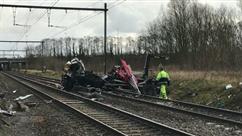 """Un train percute un camion à Berloz: un ouvrier communal """"fortement choqué"""""""
