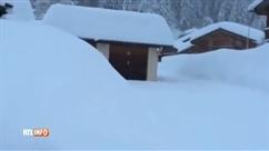Risque d'avalanches: dans les Alpes françaises, Chamonix évacue une centaine de chalets