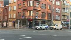 """Des policiers devant un café à Schaerbeek: s'agit-il d'un """"meurtre"""" ?"""