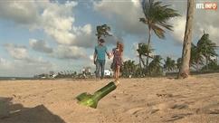 Un couple trouve un bouteille jetée à la mer deux ans plus tôt