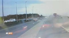 Grosse FRAYEUR sur la E42: l'accident filmé par une dashcam
