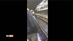 Un drame évité de peu à la station de métro De Brouckère : un homme descend sur les rails et attend au beau milieu des voies