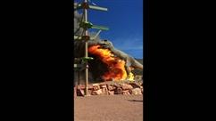 Uen réplique de dinosaure en flammes