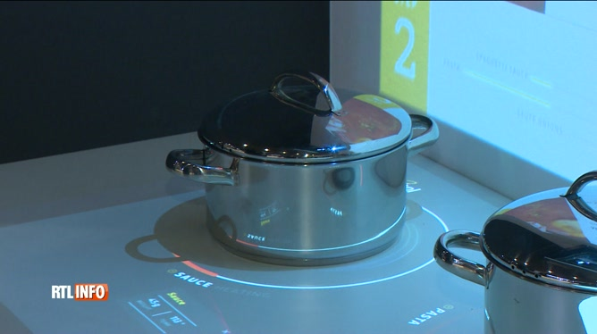 Voici La Cuisine Du Futur Frigo Equipe De Cameras Four