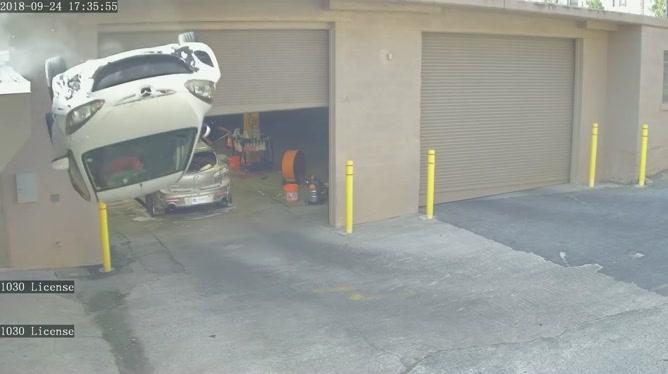 Il perd le contrôle de son véhicule et chute de 10 mètres devant un garage