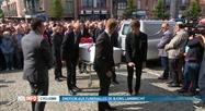 Funérailles de Bjorg Lambrecht à Knesselare: tout un village en deuil