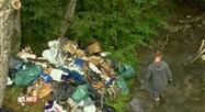 Romedenne: du matériel pour cultiver du cannabis jeté dans une rivière