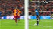 L'énorme occasion manquée par Okereke face au Galatasaray (vidéo)