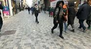 La rue Neuve difficile à nettoyer