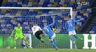Dries Mertens inscrit le quatrième but de Naples face à Genk (vidéo)