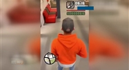 Il parodie le jeu vidéo GTA dans son école et se fait arrêter