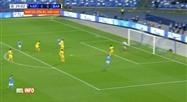 Ligue des Champions: but de Dries Mertens lors de Naples - Barcelone