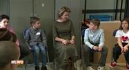 La reine Mathilde en visite dans une école de Cuesmes