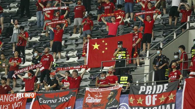 Retour des spectateurs dans les stade  de foot en Chine
