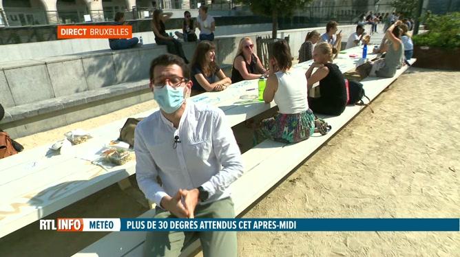Retour de la chaleur: les Bruxellois profitent du soleil ce midi