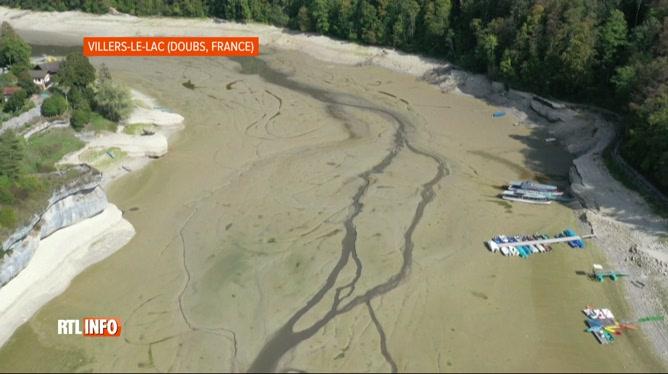 France: le Doubs quasi à sec à certains endroits suite à la sécheresse