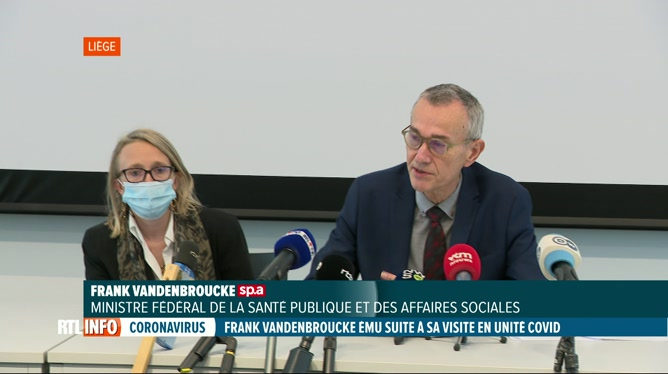 Covid-19: visite de Frank Vandenbroucke, très ému, au CHC MontLégia