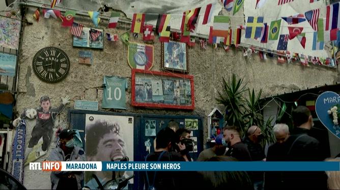 Décès de Diego Maradona: Naples rend hommage à son ancien joueur