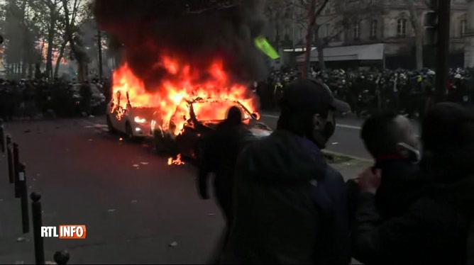Incidents lors de manifestations en France contre la loi de sécurité globale