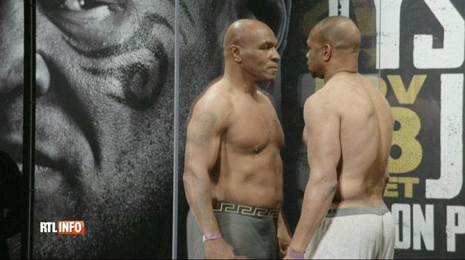 L'ancien champion de boxe Mike Tyson remonte sur le ring