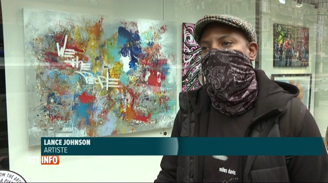 Coronavirus: de l'art dans les vitrines des magasins désertés à New York