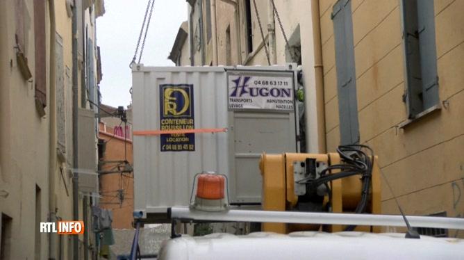 L'homme de 300 kilos qui vivait à même le sol chez lui à Perpignan a pu être évacué