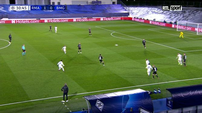 Real Madrid - Borussia Mönchengladbach: Karim Benzema double la mise d'une nouvelle tête