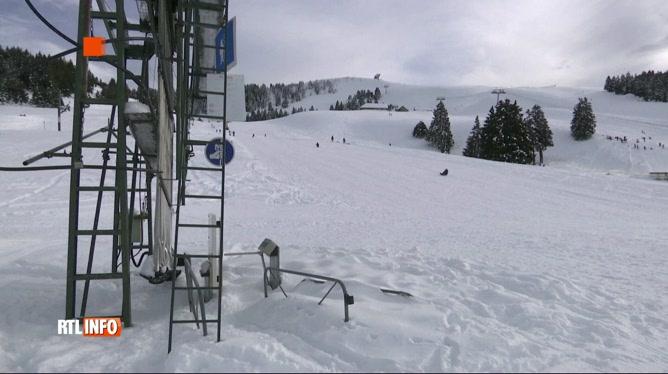 Coronavirus: la saison de ski risque d'être blanche en France