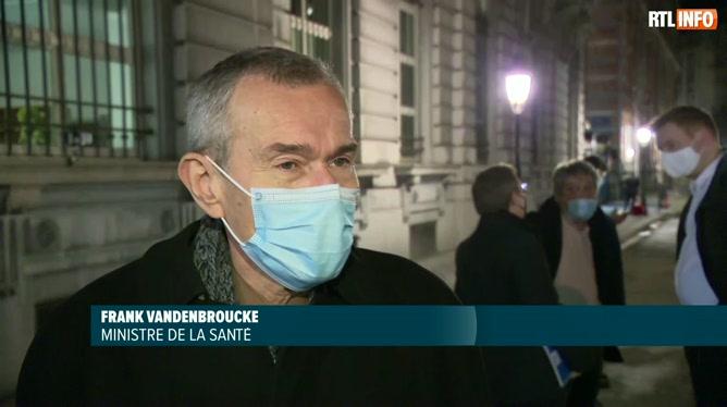 Frank Vandenbroucke à propos des voyages à l'étranger