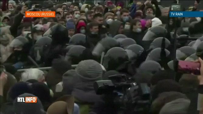 Russie: des heurts éclatent entre la police et des manifestants
