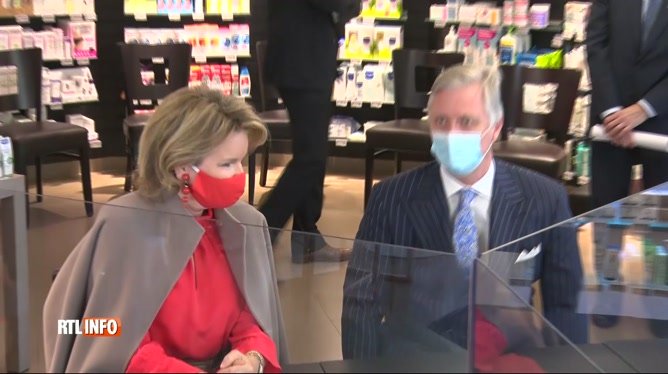 Coronavirus: le couple royal a encouragé les pharmaciens sur le terrain