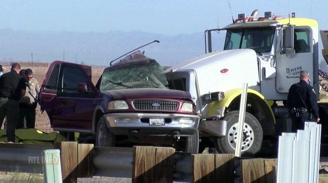 Un accident entre un SUV surchargé et un camion fait 13 morts en Californie: il y avait 25 personnes à bord de la voiture
