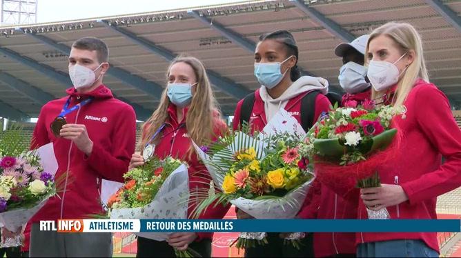 Athlétisme: retour à Bruxelles des athlètes belges médaillés en Pologne (vidéo)