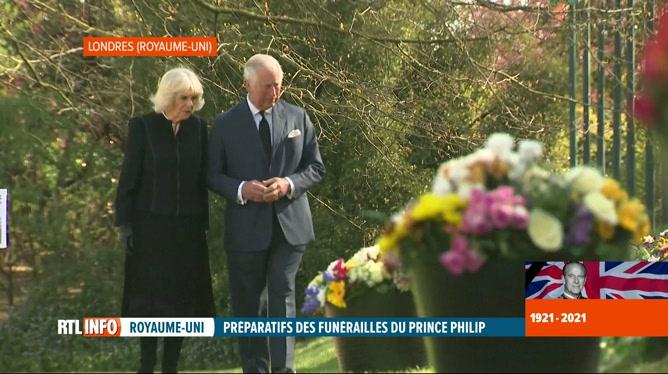 Décès du prince Philip: le prince Charles et Camilla rendent hommage