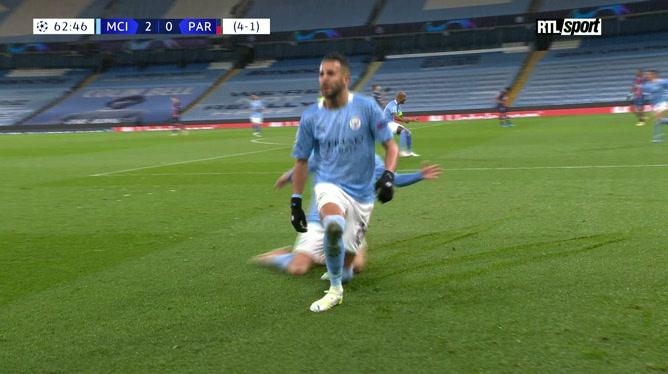 Manchester City - PSG: Mahrez double la mise et enfonce les Parisiens (vidéo)