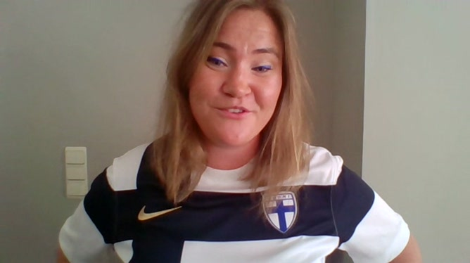 Anna Prusila, supportrice finlandaise qui habite en Belgique