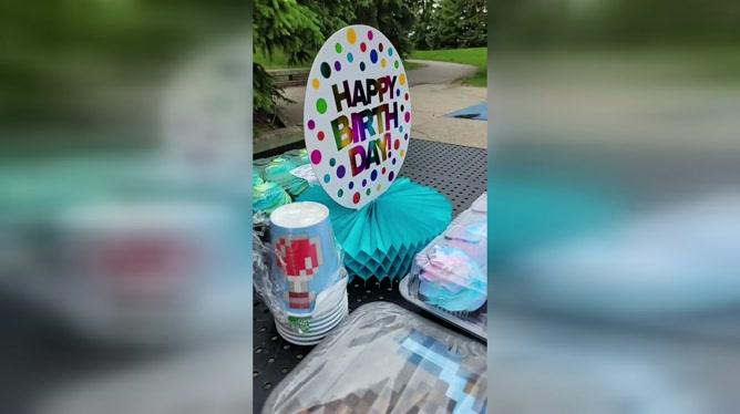 Pour fêter son 6e anniversaire, JJ avait invité 22 enfants: aucun d'entre eux n'est venu