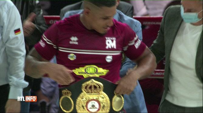 Boxe: Ryad Merhy conserve son titre de champion du monde