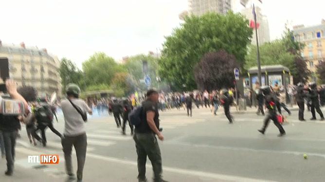 Tensions entre manifestants et policiers à Paris