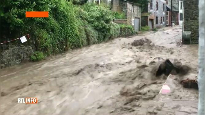 Les orages s'abattent en province de Namur: vos vidéos